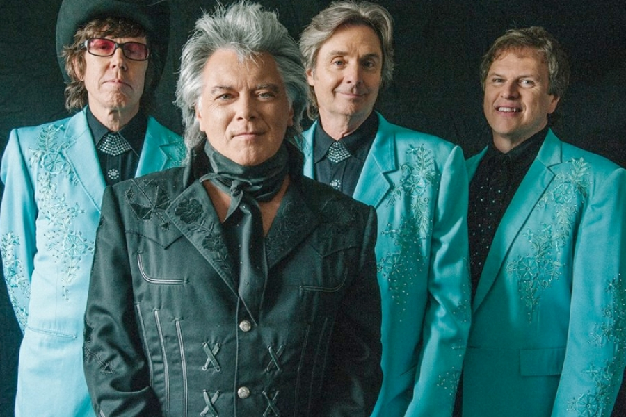Marty Stuart  & His Fabulous Band Are Superlatives