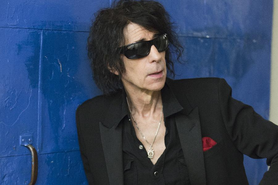 Peter Wolf On World Cafe