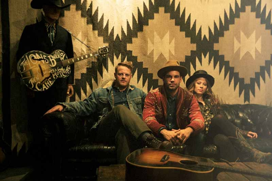 Lone Bellow - Vintage Cafe