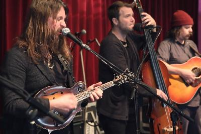 Greensky Bluegrass Mix The Energy Of Stadium Rock With The Spirit Of Jam Bands