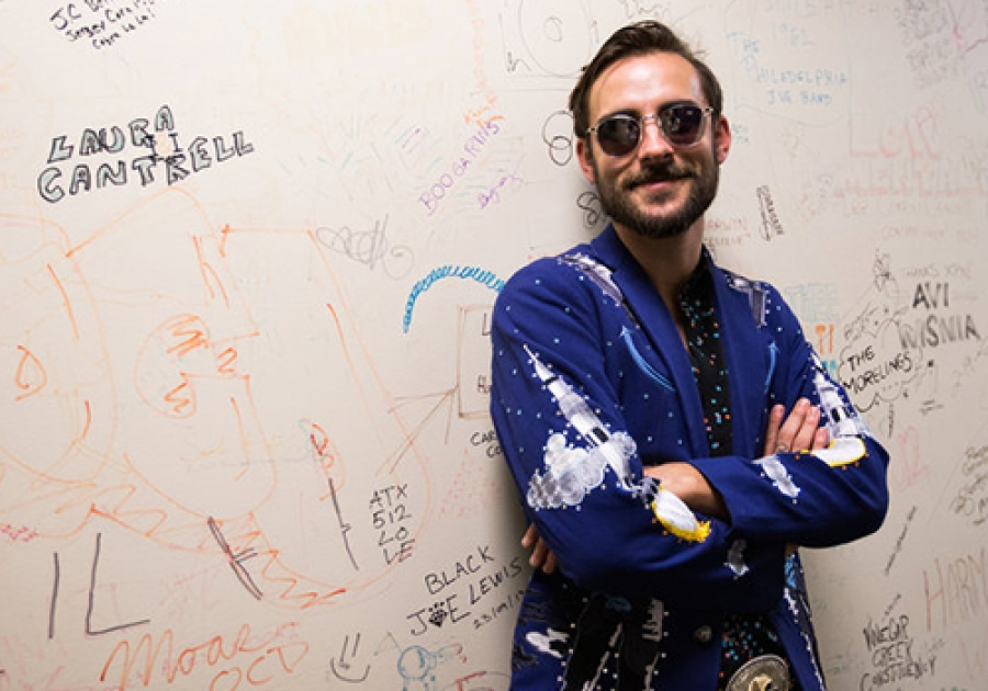 Robert Ellis On World Cafe