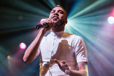 Jidenna On World Cafe